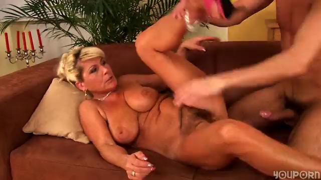 Horny mature Berna can't live without to fuck