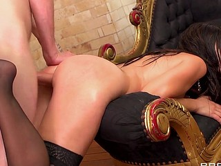 Eloa like to tease with her large and first-class butt. After a good solo play, this babe wants dick and that's what this babe gets. This sexy French a-hole gets what it merits!