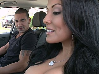 Hot MILF Kiara Marie on a wang